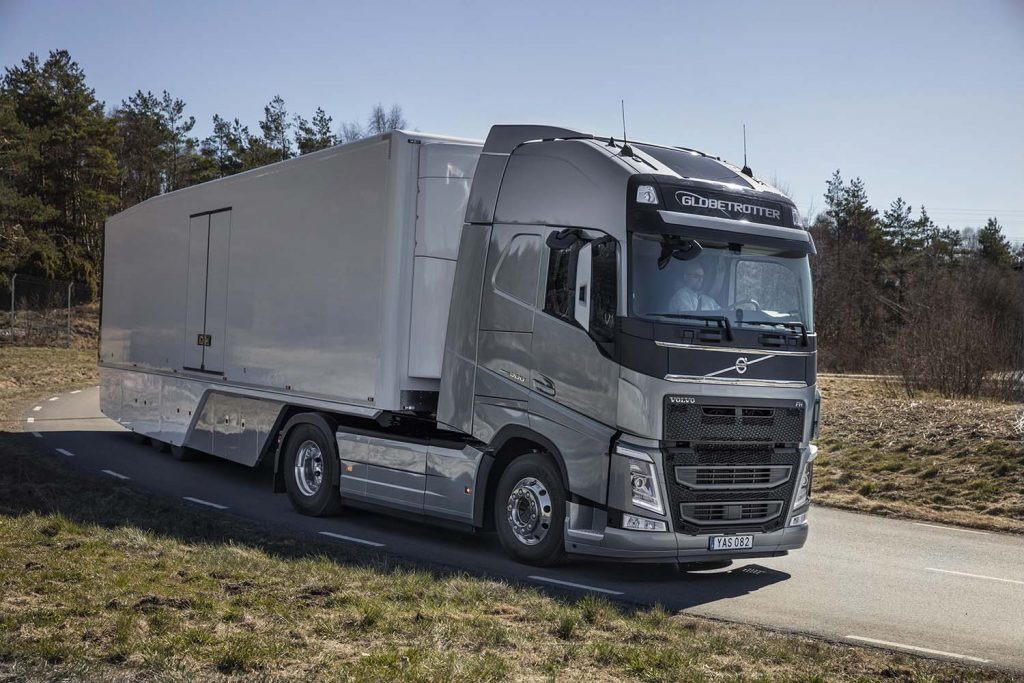Îmbunătățiri pentru gamele Volvo Trucks FM, FMX, FH și FH16