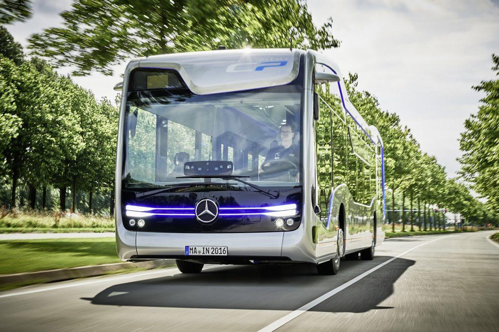 Daimler a demarat o procedură de reorganizare. Diviziile de camioane și autocare devin independente