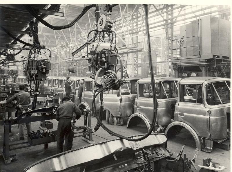 Renault Trucks sărbătorește 100 de ani de la înființarea uzinei din Lyon