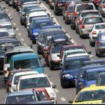 """Reducerea cu 45% a emisiilor de CO2 pentru vehicule până în 2030 este """"nerealistă"""""""