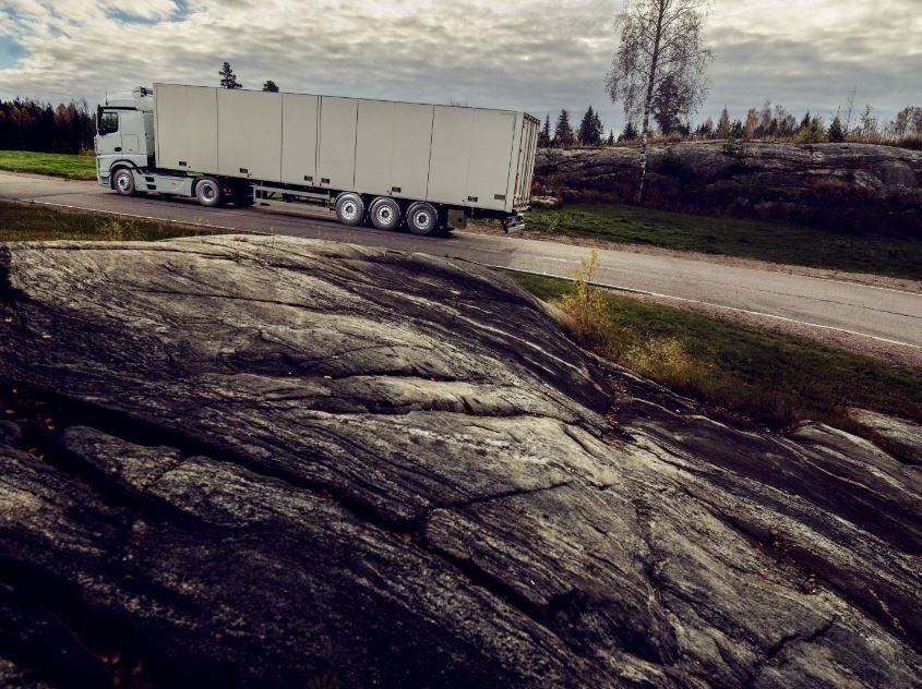 Nokian Tyres lansează noua anvelopă Nokian Hakka Truck Steer