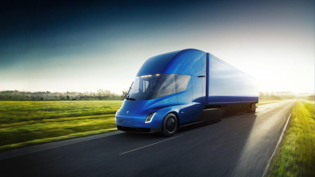 Camionul electric Tesla Semi a fost lansat azi