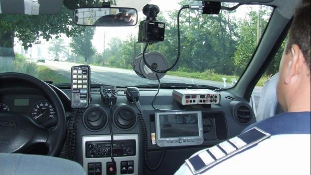 Radarele vor fi instalate doar pe autovehiculele cu însemnele Poliţiei rutiere