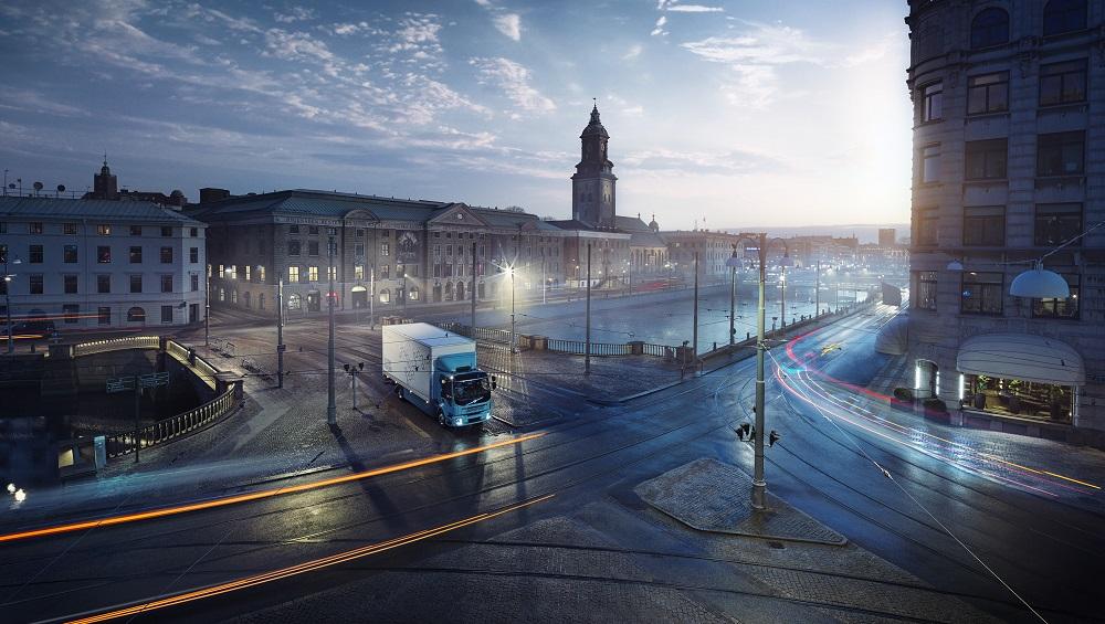 Premieră în UE: reducerea cu 30% a emisiilor de CO2 pentru noile camioane şi autobuze, până în 2030
