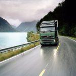 Transportatorii solicită Guvernului reducerea la o singură zi a perioadei de înmatriculare pentru autovehiculele comerciale
