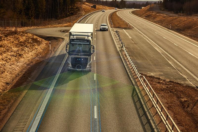 Volvo Trucks a prezentat noi sisteme de asistență pentru șofer