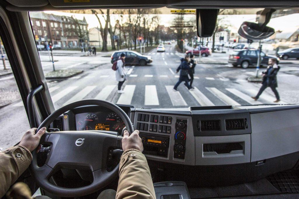 Transportatorii vor bani de la guvern pentru reconversie profesională în contextul crize de șoferi profesioniști