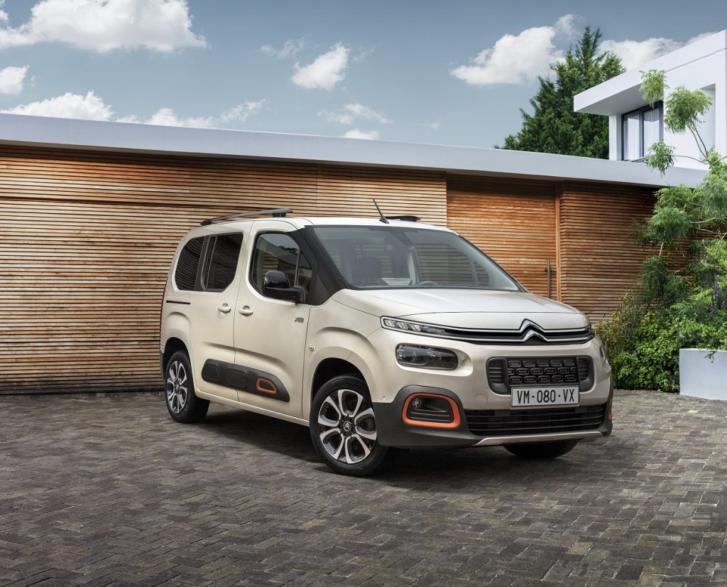 CITROEN BERLINGO/PEUGEOT PARTNER au câștigat premiul International Van Of The Year 2019