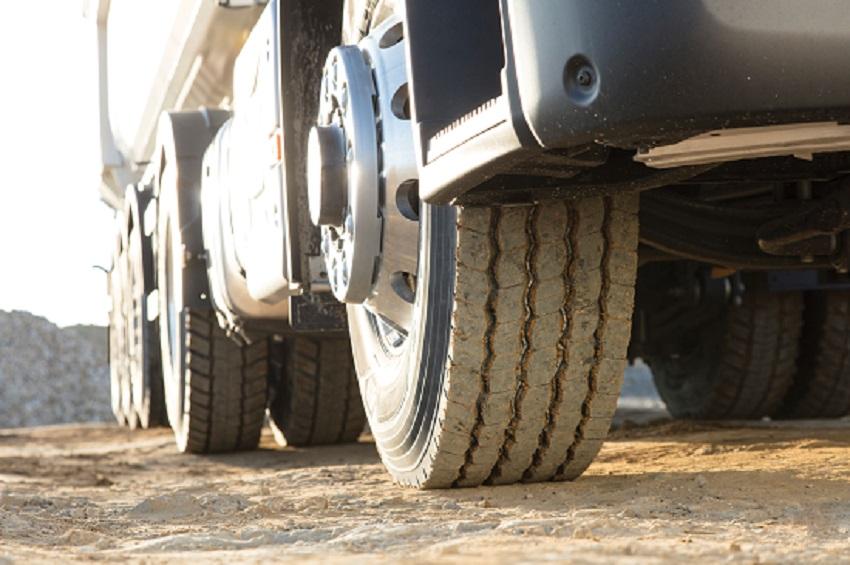 Goodyear a lansat noua gamă de anvelope de camion OMNITRAC pentru servicii mixte
